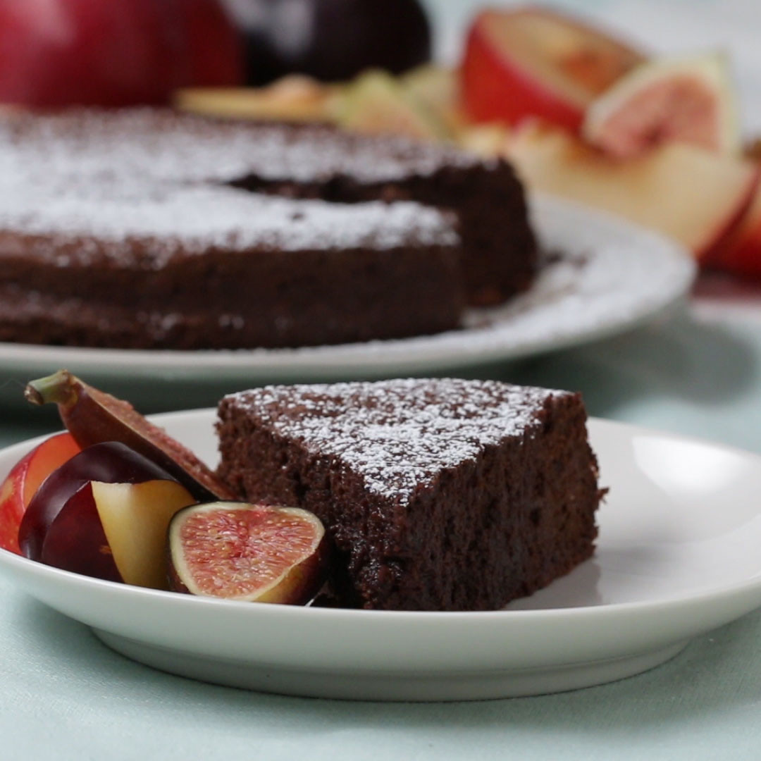 2 Ingredient Chocolate Cake  2 Ingre nt Chocolate Cake Recipe by Tasty