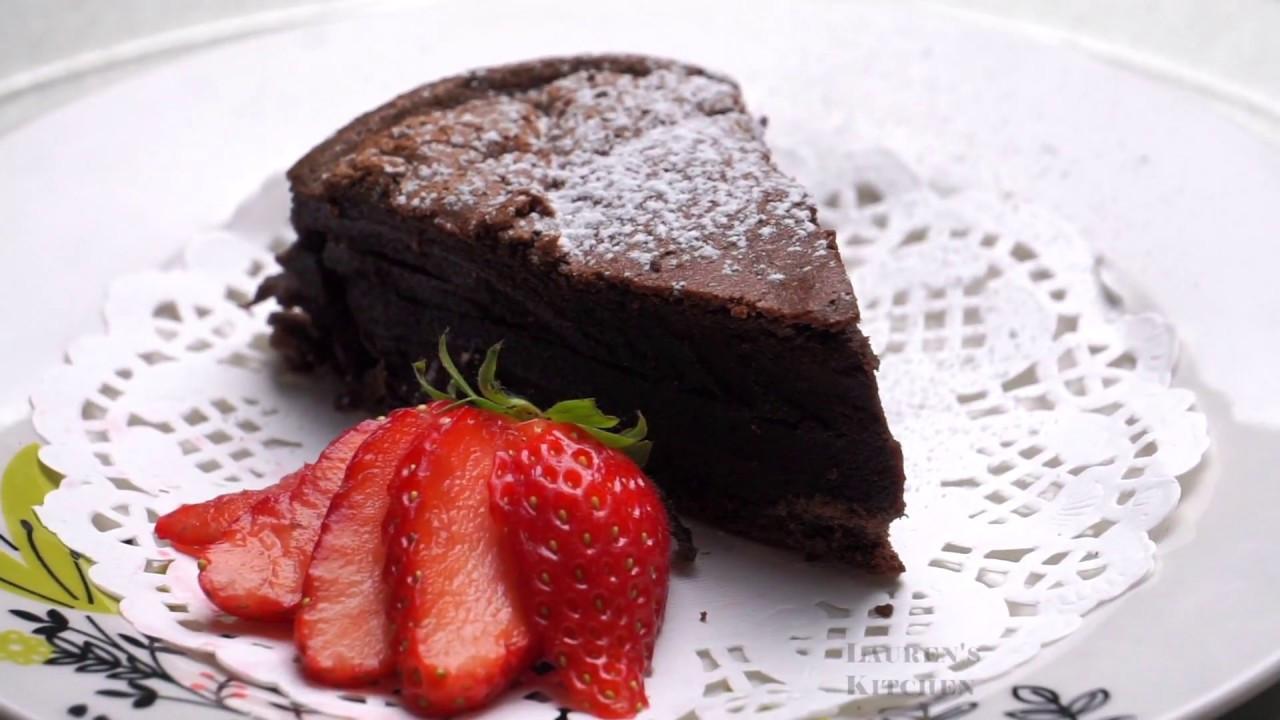 2 Ingredient Chocolate Cake  SUPER SIMPLE 2 Ingre nt Chocolate Cake
