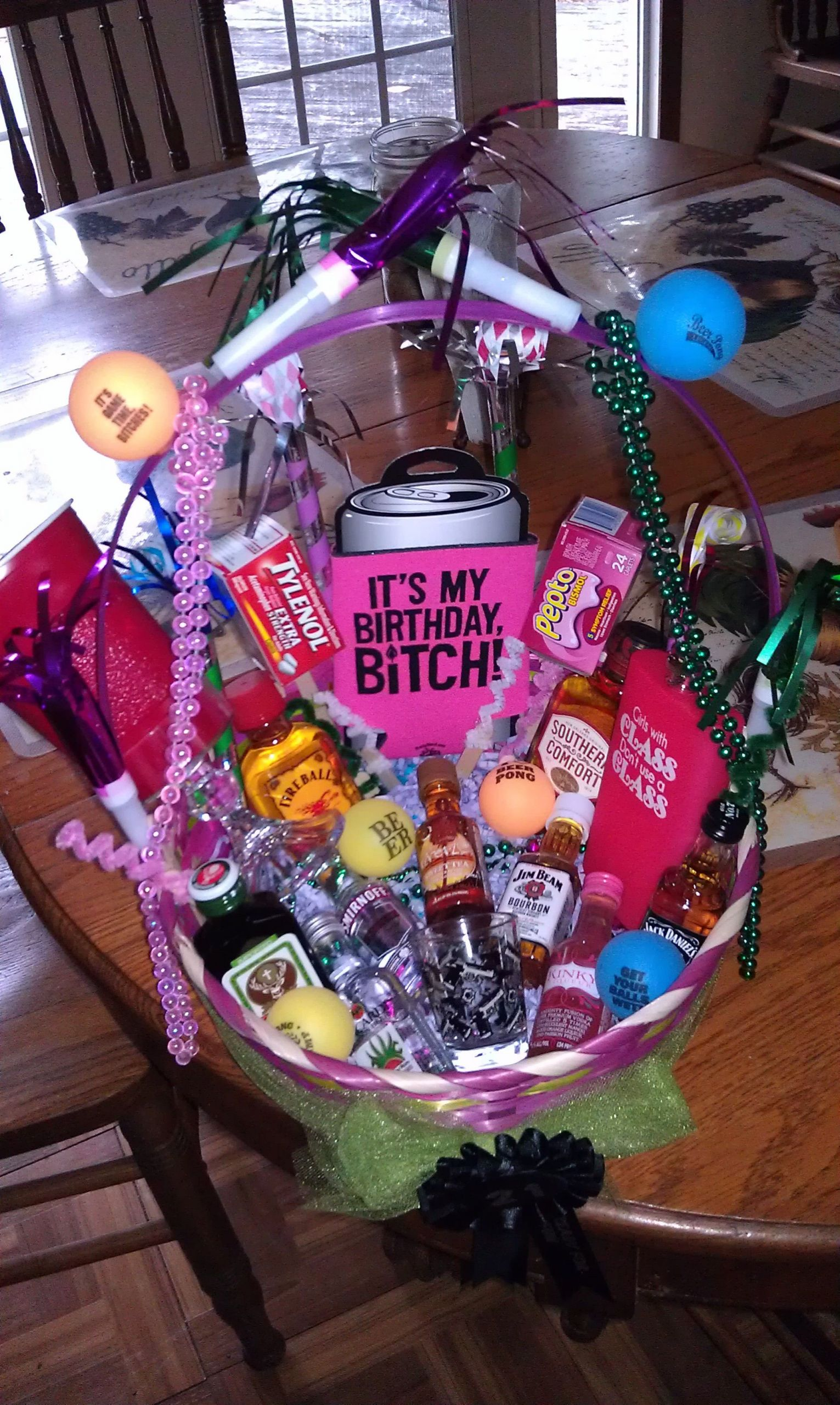 21St Birthday Gift Ideas For Girlfriend  21st birthday basket I want this I love it SOMEONE MAKE