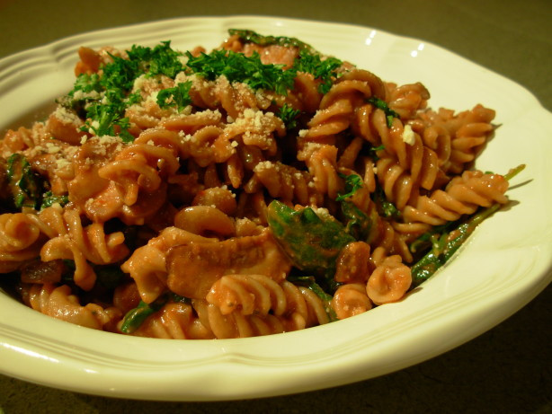 Baby Bella Mushrooms Recipes  Pasta With Baby Bella Mushrooms And Spinach In A Tomato
