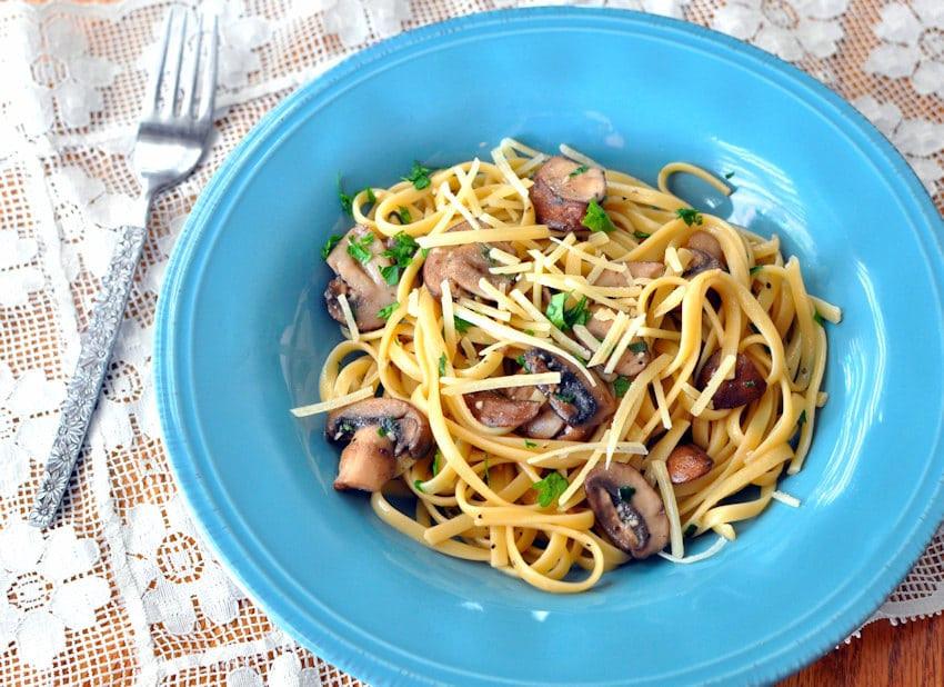 Baby Bella Mushrooms Recipes  Sage Baby Bella Mushrooms with Pasta