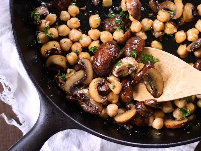 Baby Bella Mushrooms Recipes  Baby Portobello Mushroom Marsala Connoisseurus Veg