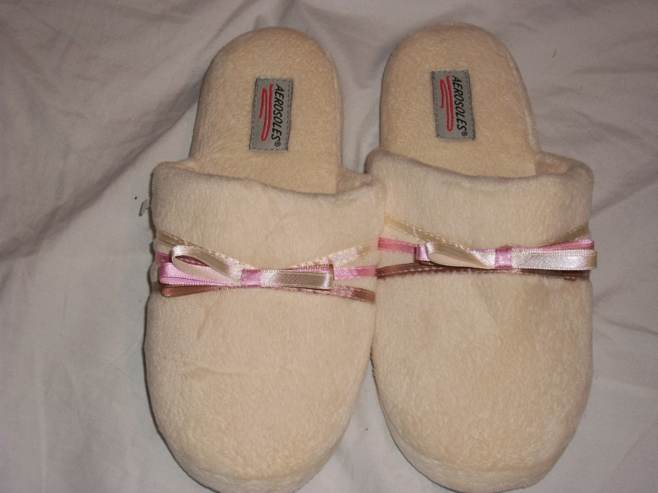 Bedroom Shoes For Womens  NWT AEROSOLES WOMEN S BEDROOM SLIPPERS