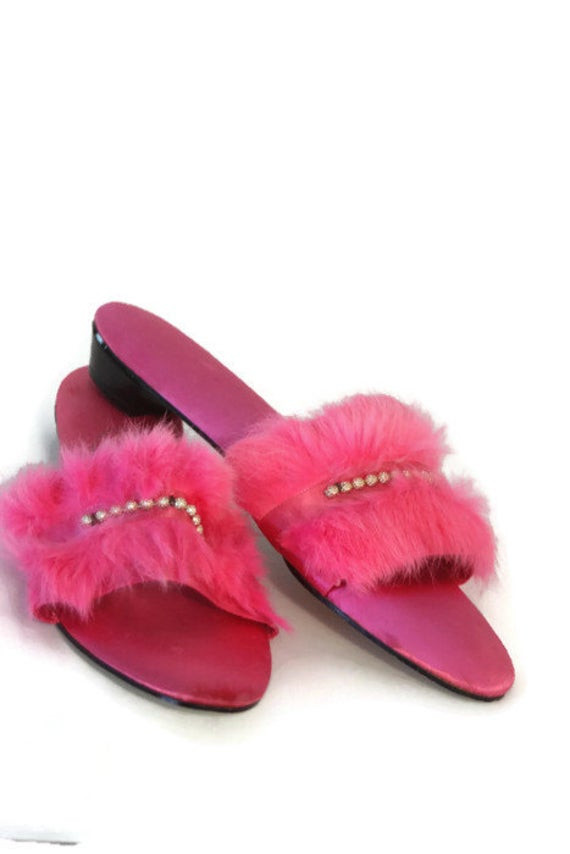 Bedroom Shoes For Womens  Vintage Womens Bedroom Slippers Hot Pink Slippers House