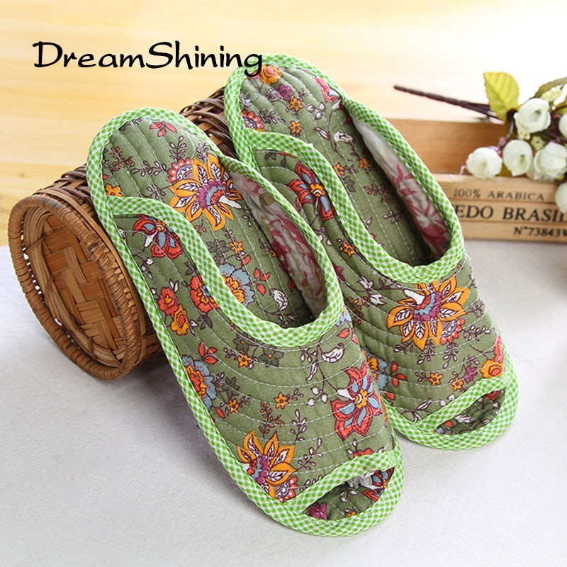 Bedroom Shoes For Womens  DreamShining Cute Floral Winter Women Home Slippers For