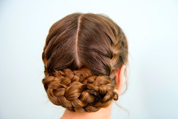 Braided Hairstyle Games  Katniss Reaping Braid Hunger Games Hairstyles