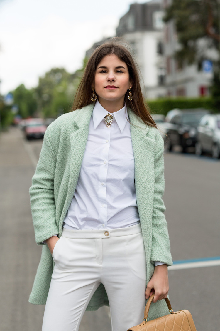 Brooches Outfit  10 Creative Ways to Wear Brooches – Glam Radar