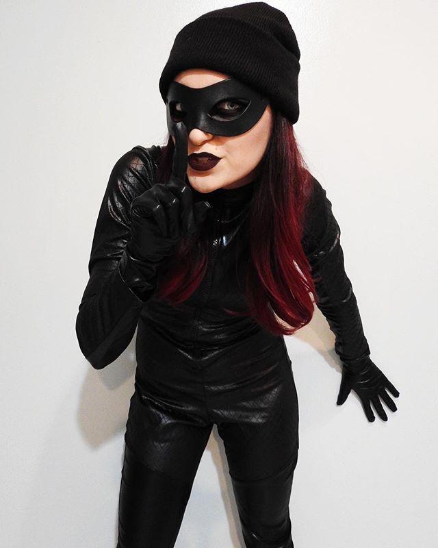 Burglar Costume DIY  58 best Costume Ideas images on Pinterest