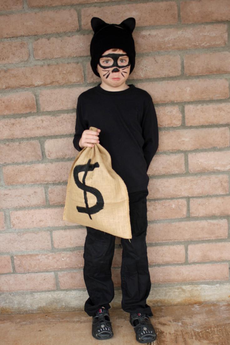 Burglar Costume DIY  23 Easy Halloween Costumes for Kids All Things Mamma