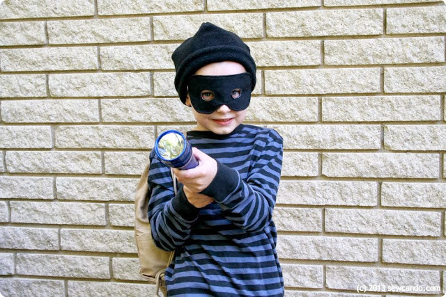 Burglar Costume DIY  Sew Can Do Easy DIY Costumes Old Time Bank Robber & BOO