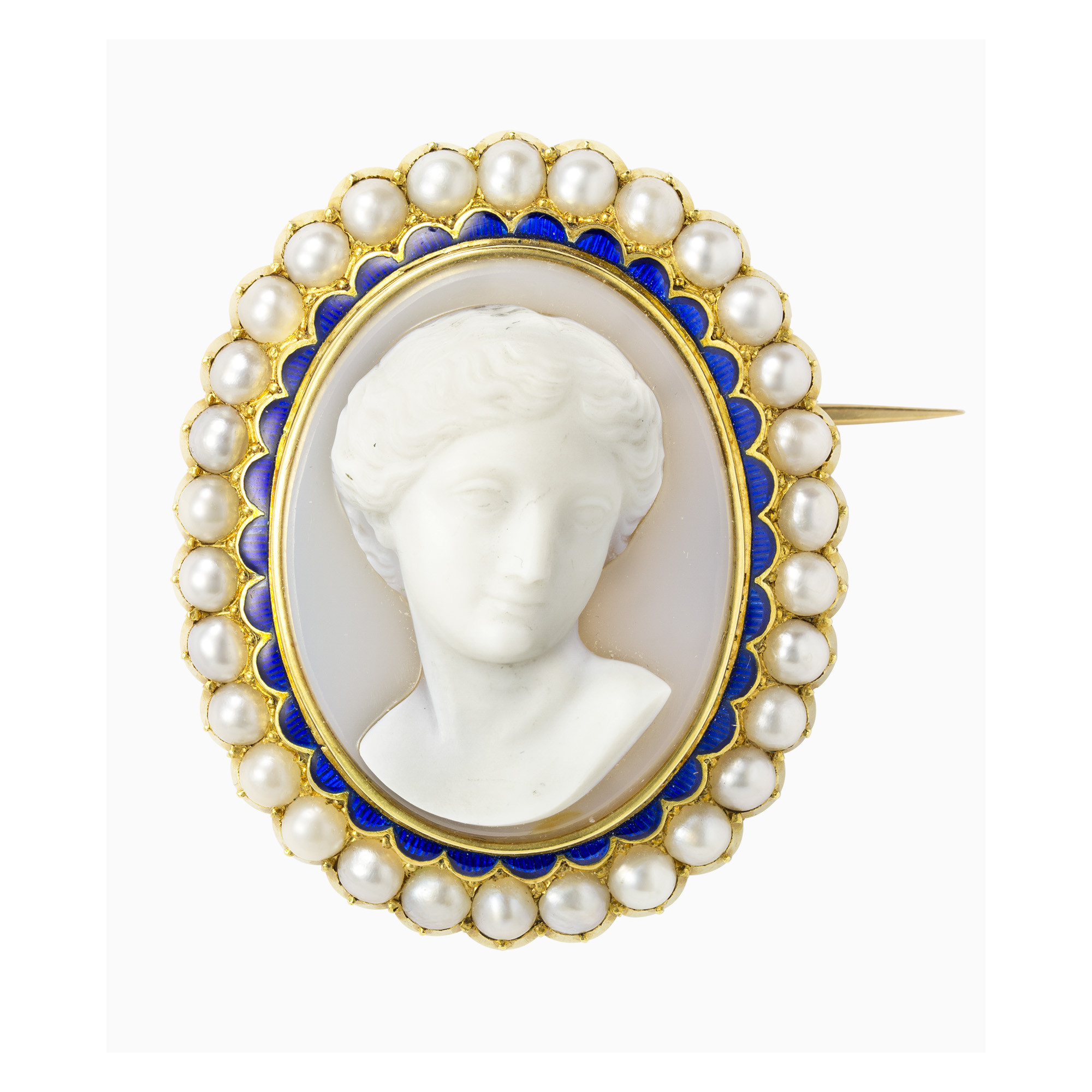 Cameo Brooches  A VICTORIAN HARDSTONE CAMEO BROOCH PENDANT Antique