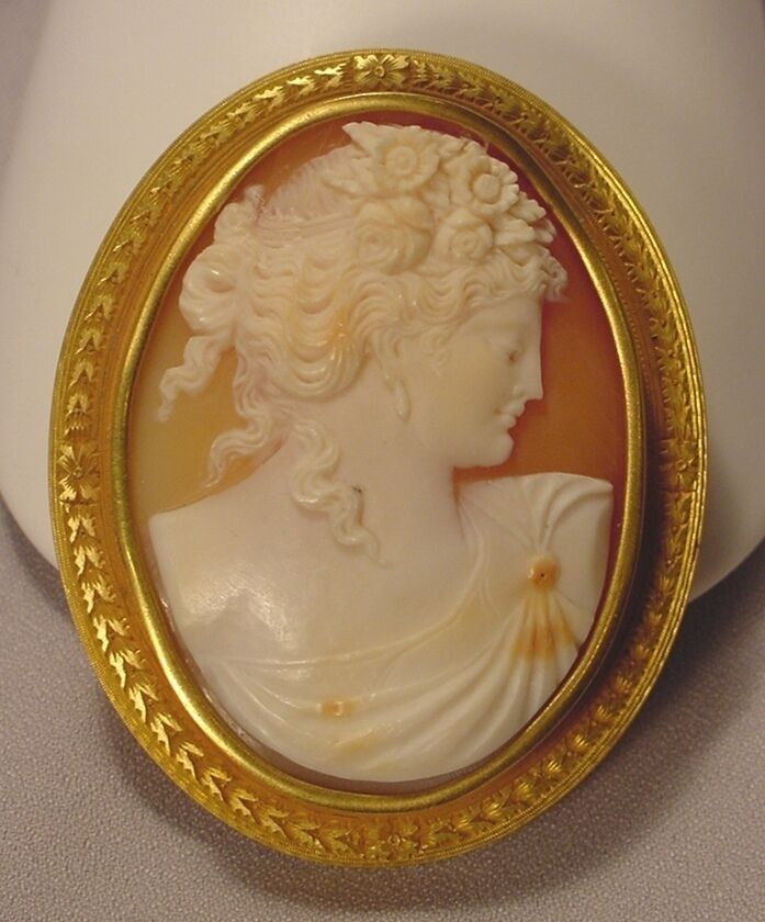 Cameo Brooches  Antique Exquisite 14k Gold Victorian Cameo Brooch
