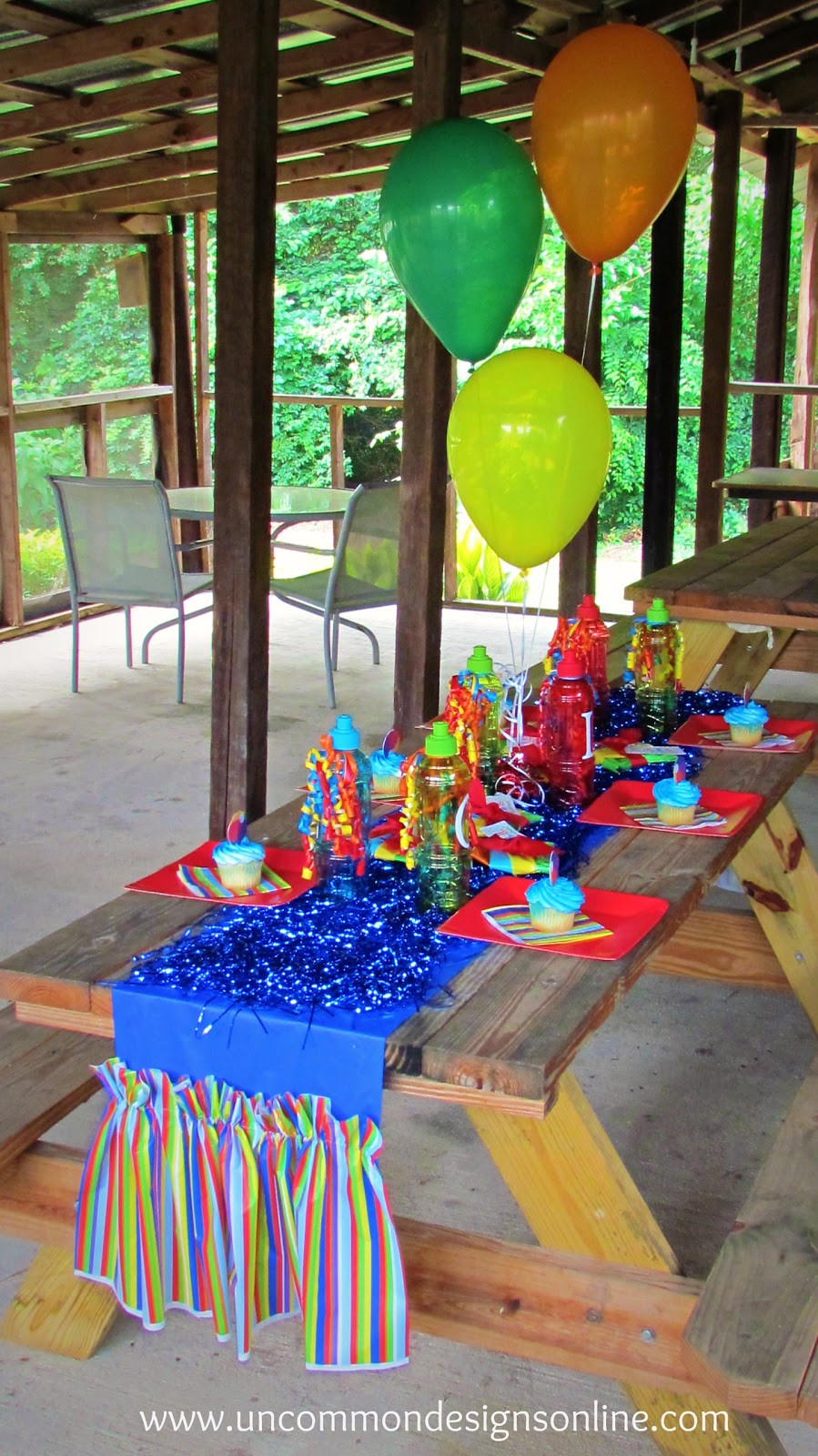 Cheap Summer Party Ideas  Ruffled Table Runner from Plastic Tablecloths Tutorial