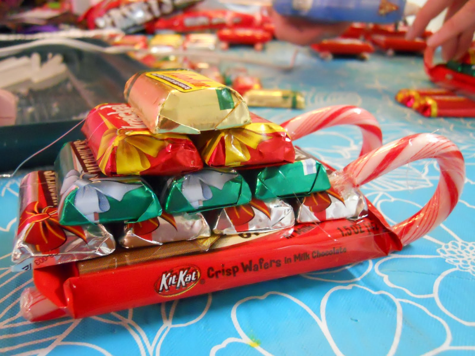 Christmas Candy Sleigh  ellyn s place candy sleighs