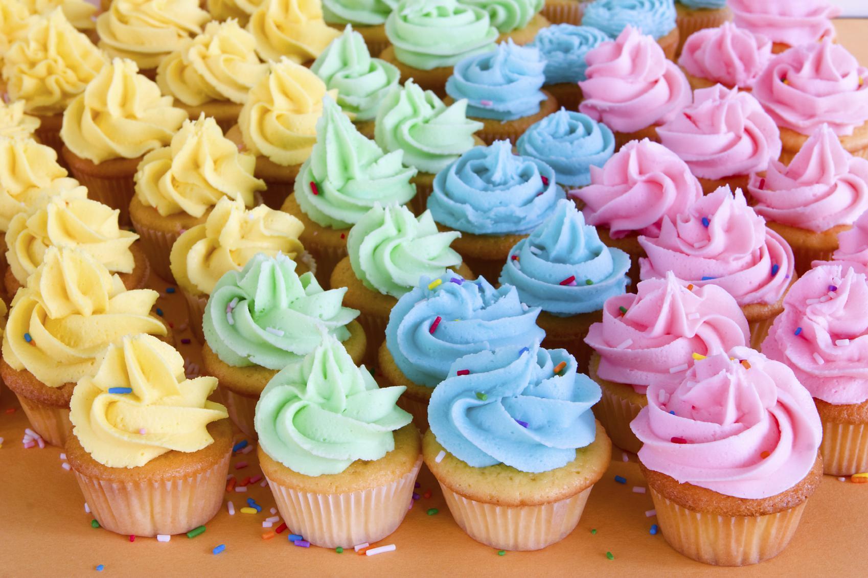 Como Hacer Cupcakes  Cómo hacer cupcakes glaseados Fácil