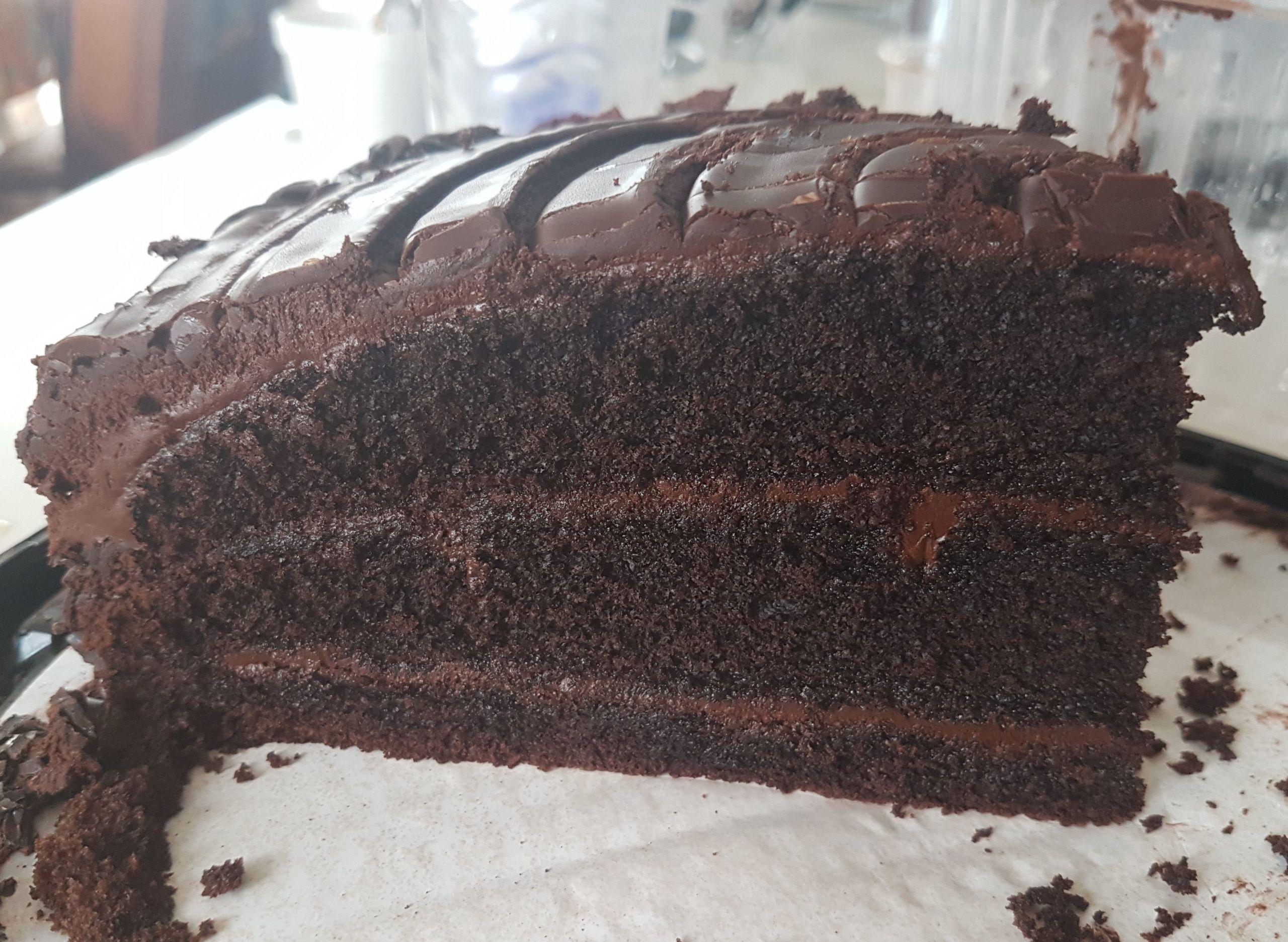 Costco Chocolate Cake  Costco s Chocolate Cake vs Carrot Cake Food Review