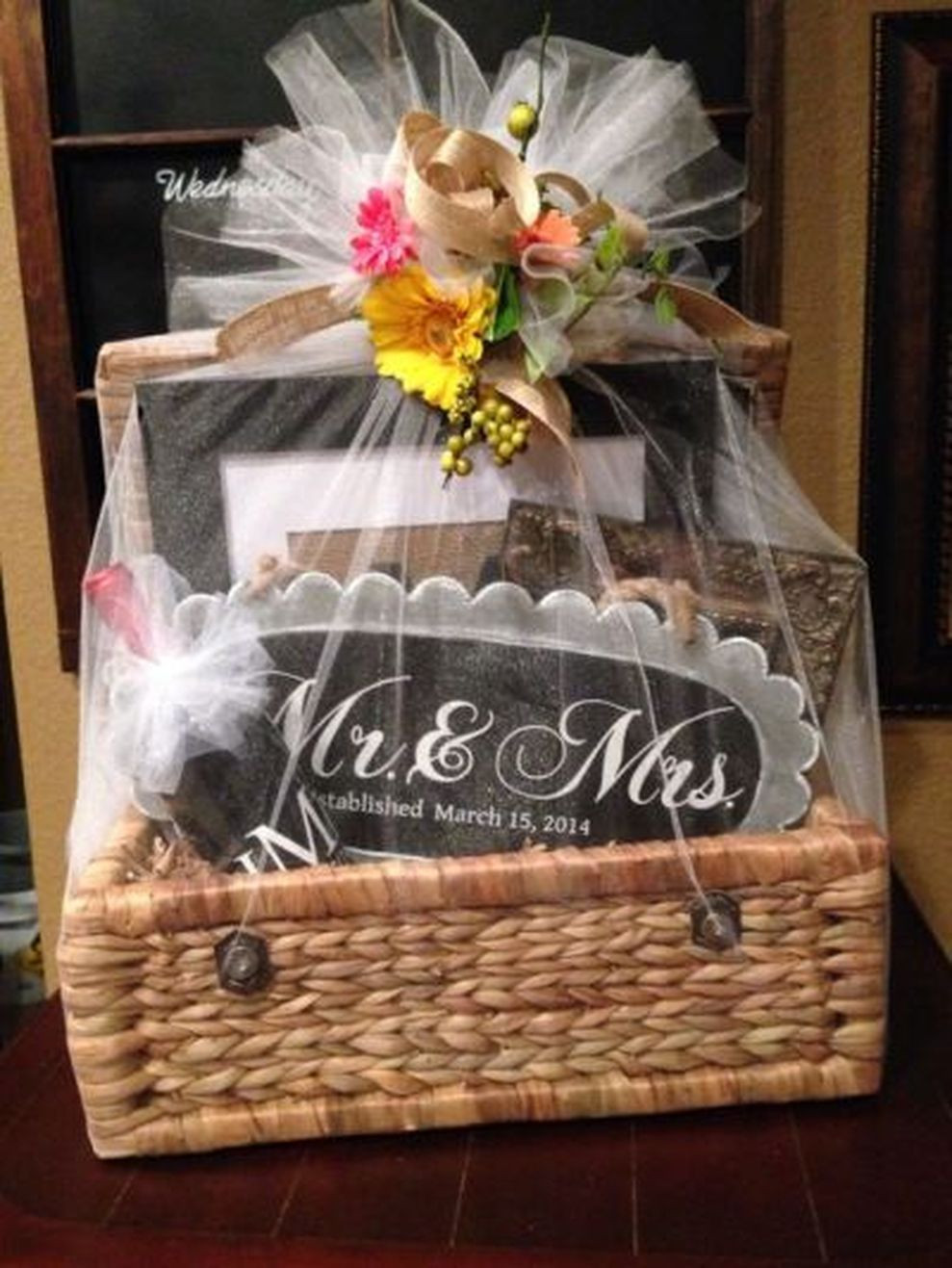 DIY Bachelorette Gift For Bride  35 Creative Ideas for DIY Bachelorette Party Decorations