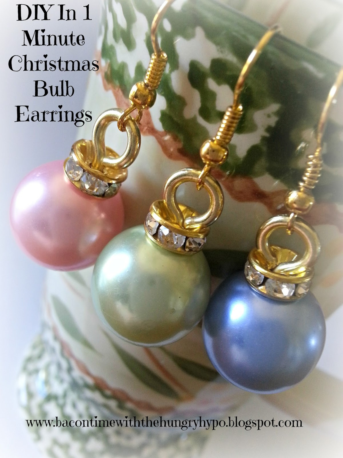 DIY Christmas Jewelry  Bacon Time With The Hungry Hypo DIY In 1 Minute Christmas