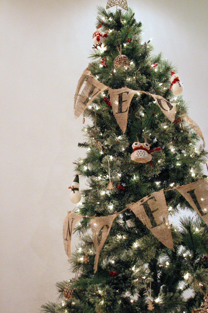 DIY Christmas Tree Garland  My Little Secrets DIY Series Burlap Bunting Garland