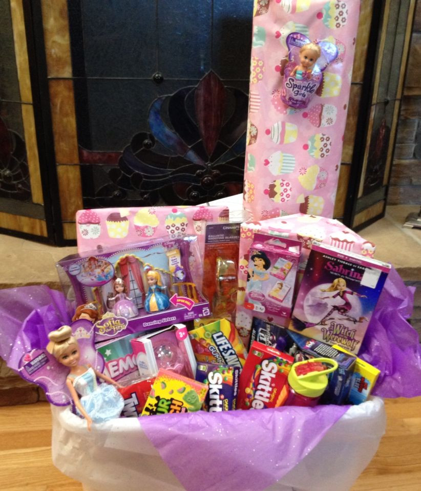 DIY Gifts For 3 Year Old  Birthday t basket for a five year old girl