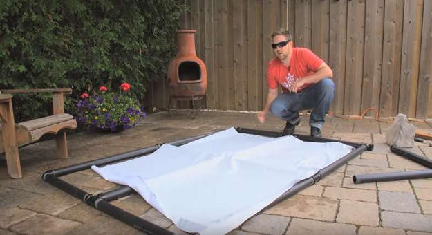 DIY Outdoor Movie Screen Material  How to Make an Outdoor Movie Screen DIY Projects Craft
