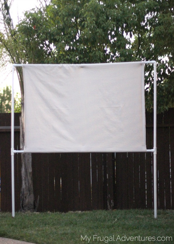 DIY Outdoor Movie Screen Material  How To Build An Outdoor Movie Screen My Frugal Adventures