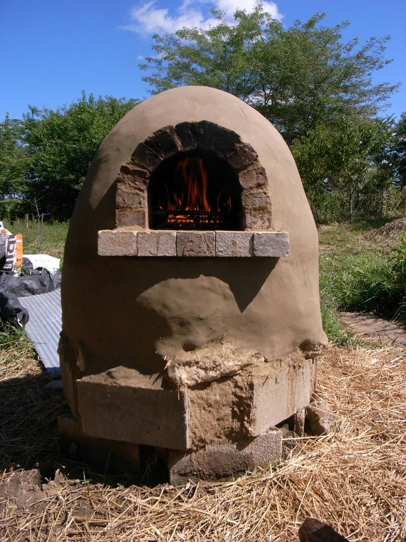 DIY Outdoor Oven  How to Make Outdoor Cob Pizza Oven DIY & Crafts Handimania