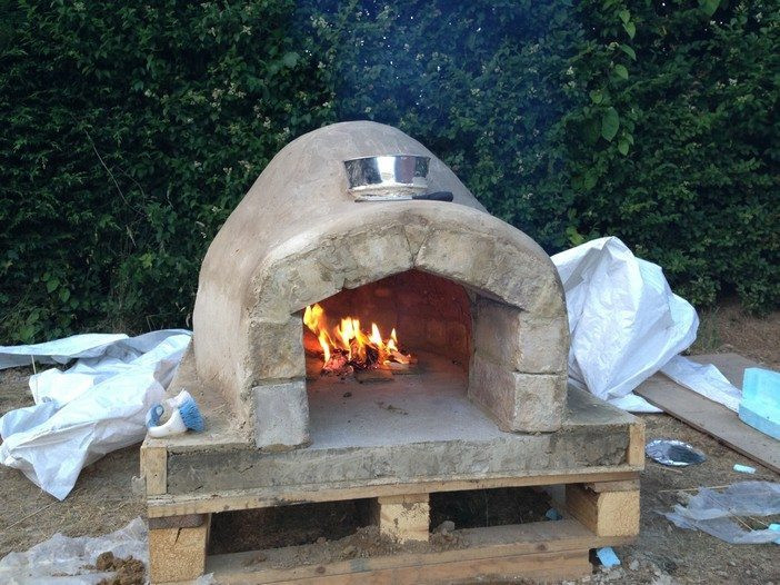 DIY Outdoor Oven  How To Make An Outdoor Pizza Oven