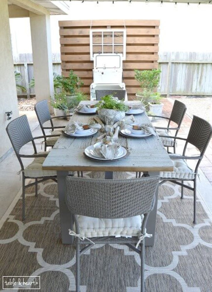 DIY Outdoor Wooden Table  DIY Table with Reclaimed Wood 15 DIY Outdoor Tables You