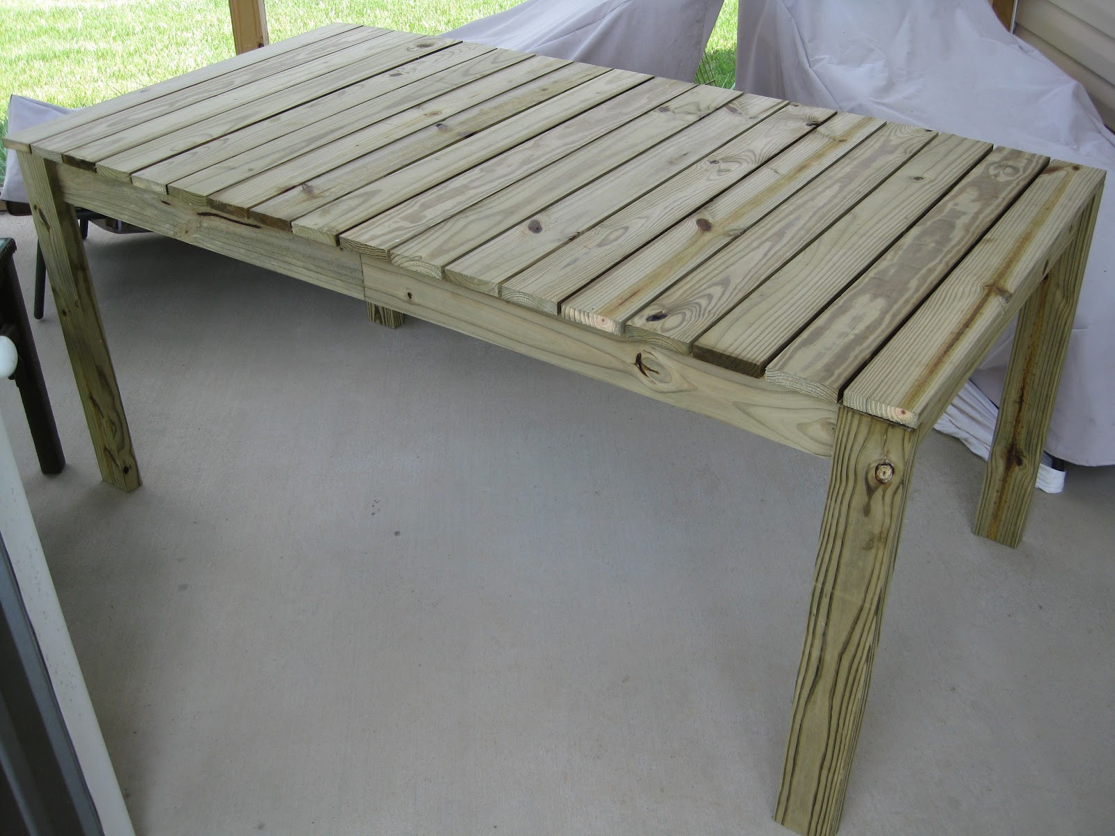 DIY Outdoor Wooden Table  DIY wooden outdoor dining table LaForce Be With You