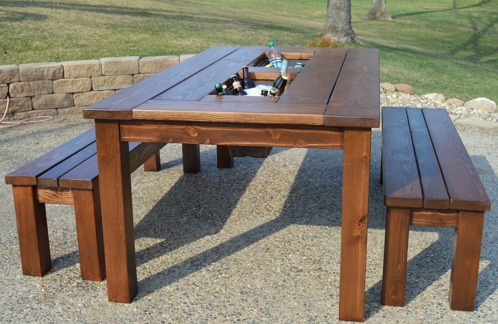 DIY Outdoor Wooden Table  Make Outdoor End Table