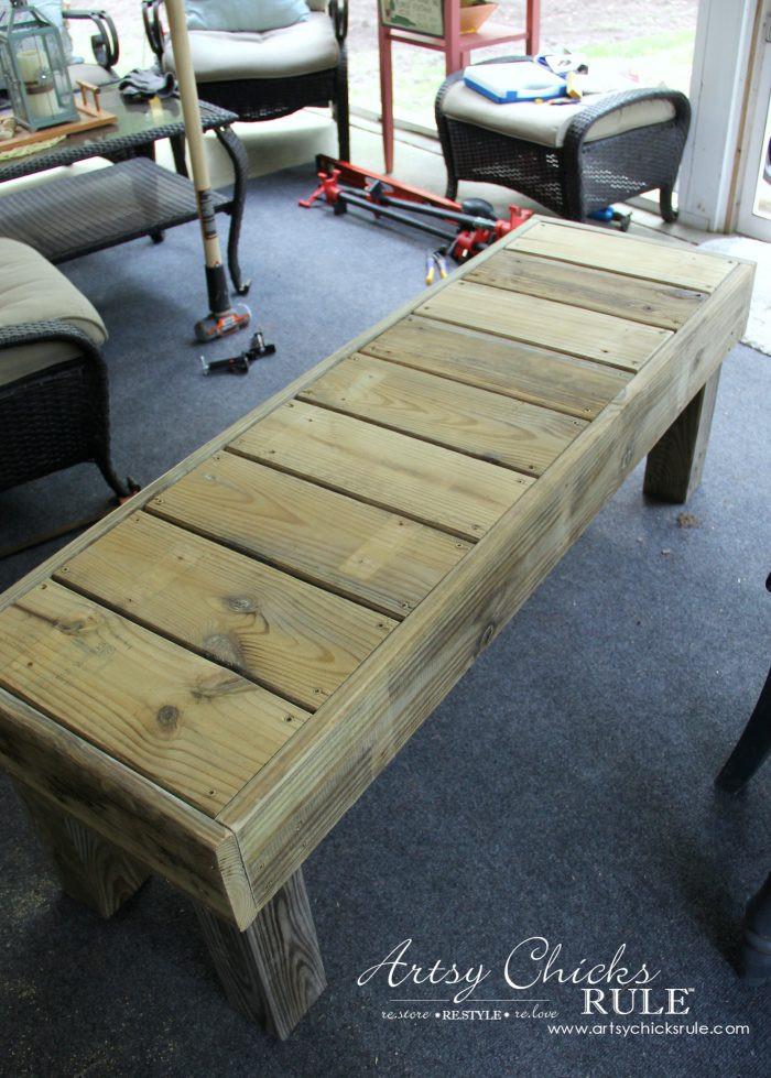 DIY Outdoor Workbench  Simple DIY Outdoor Bench Super easy diy
