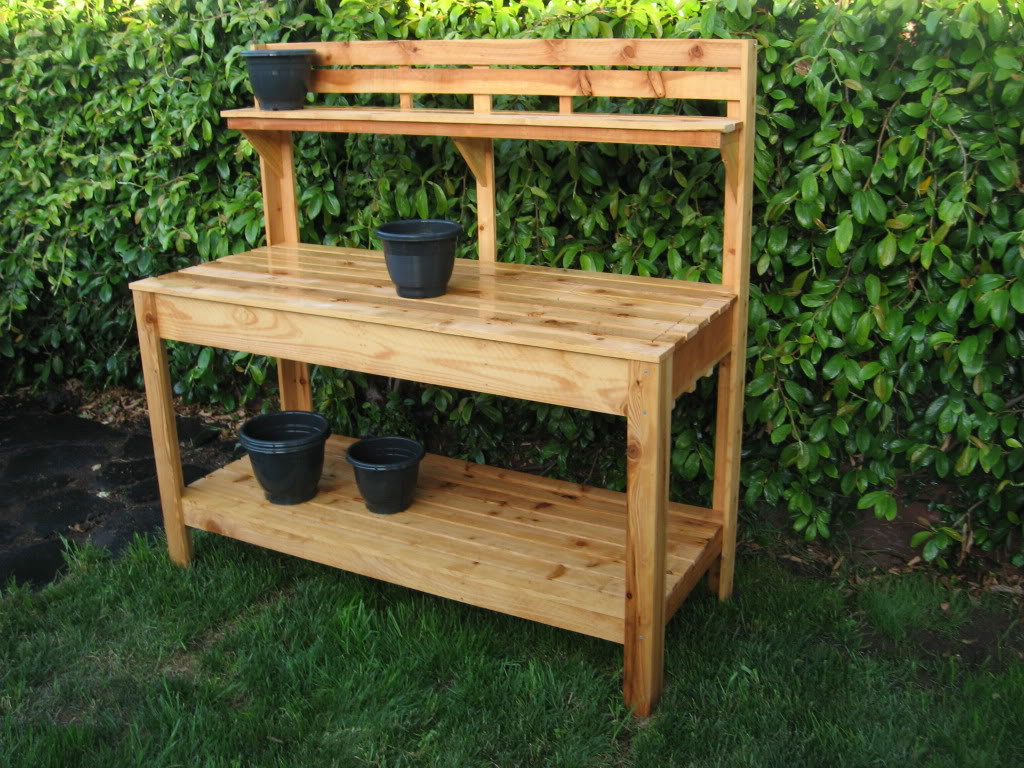 DIY Outdoor Workbench  The Benefit in Having DIY Garden Work Bench