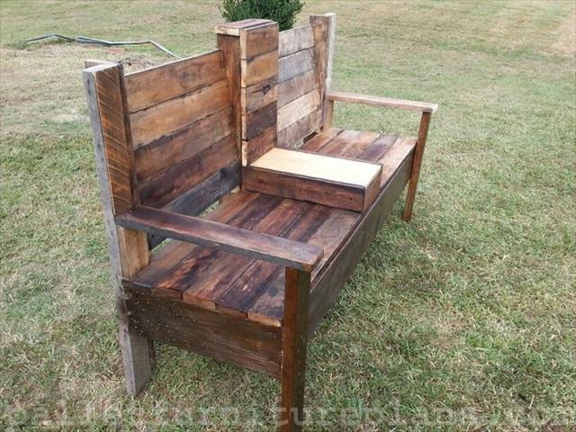 DIY Outdoor Workbench  15 DIY Outdoor Pallet Bench