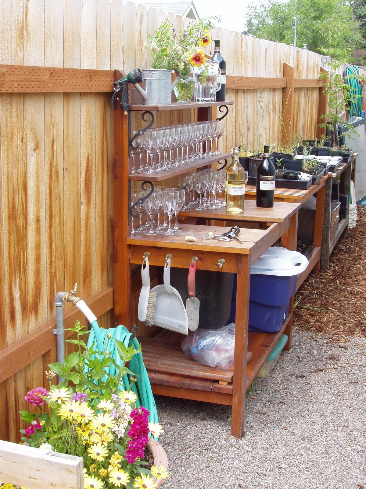 DIY Outdoor Workbench  Simpel DIY Garden Work Bench