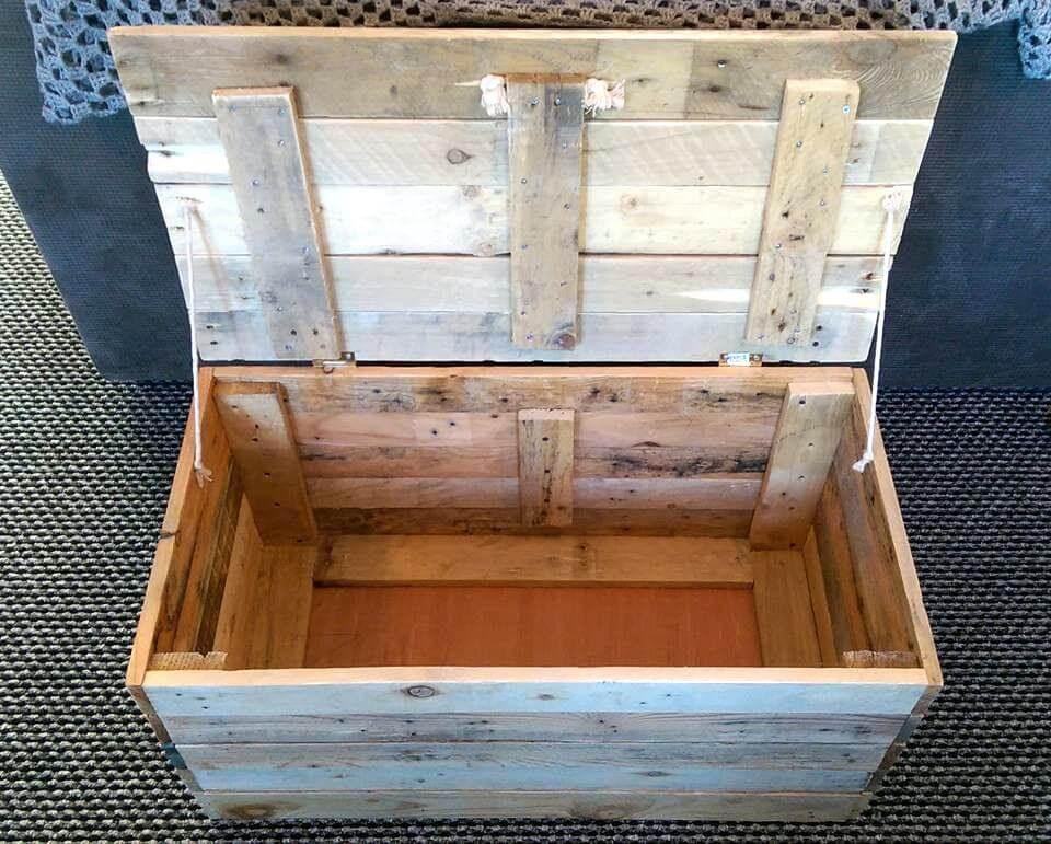 DIY Pallet Toy Box  DIY Wood Pallet Toy Storage Box