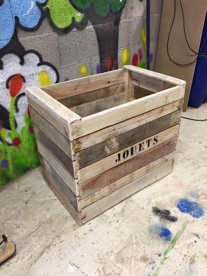 DIY Pallet Toy Box  Wooden Pallet Toy Box