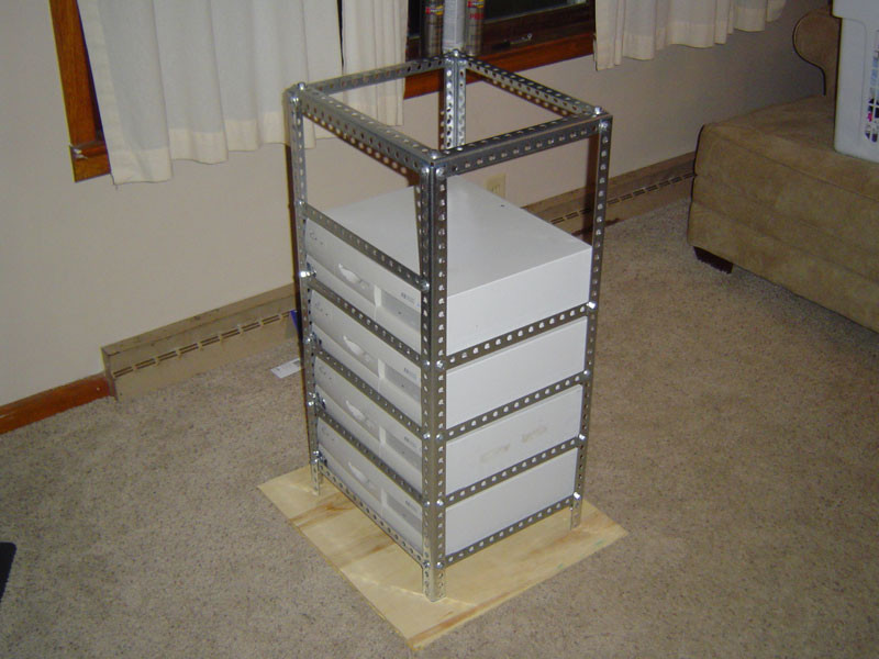 DIY Server Rack  1000 images about DIY HOME SERVER on Pinterest