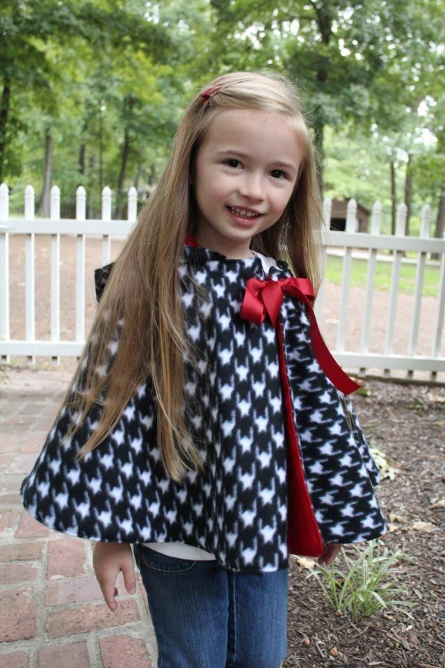 DIY Toddler Cape Pattern  Hooded Cape for Girls