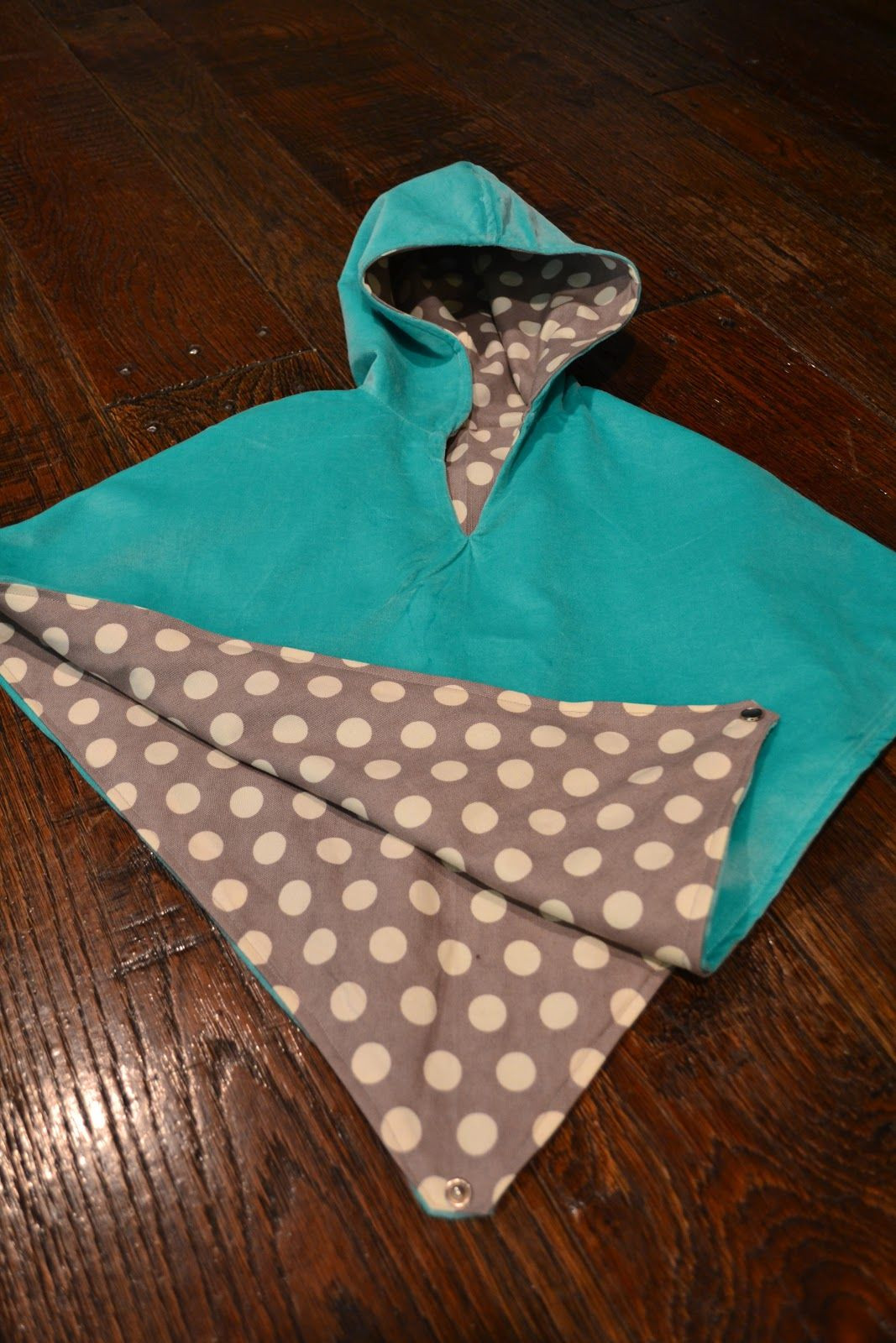 DIY Toddler Cape Pattern  Reversible Poncho Cape Tutorial