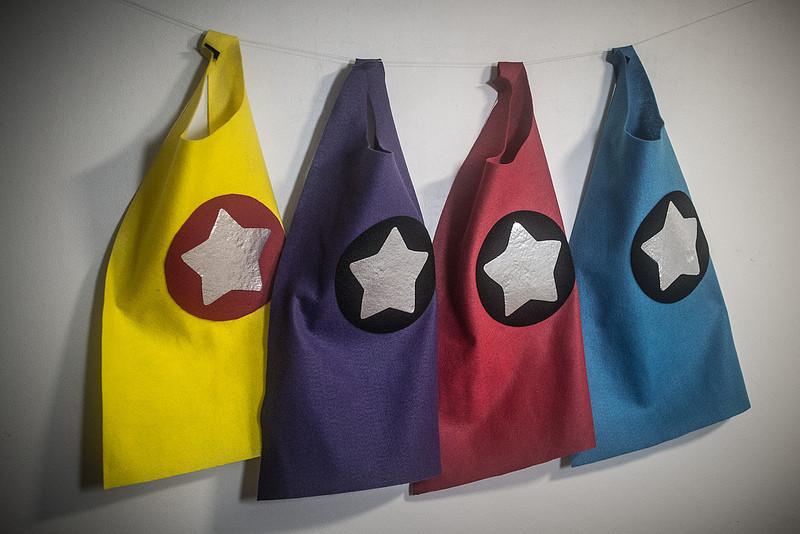 DIY Toddler Cape Pattern  toddler no sew superhero cape tutorial cardicips