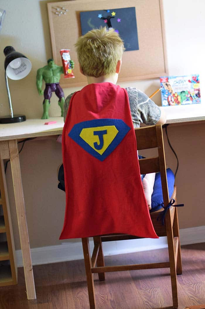 DIY Toddler Cape Pattern  How to Make an Easy No Sew Superhero Cape