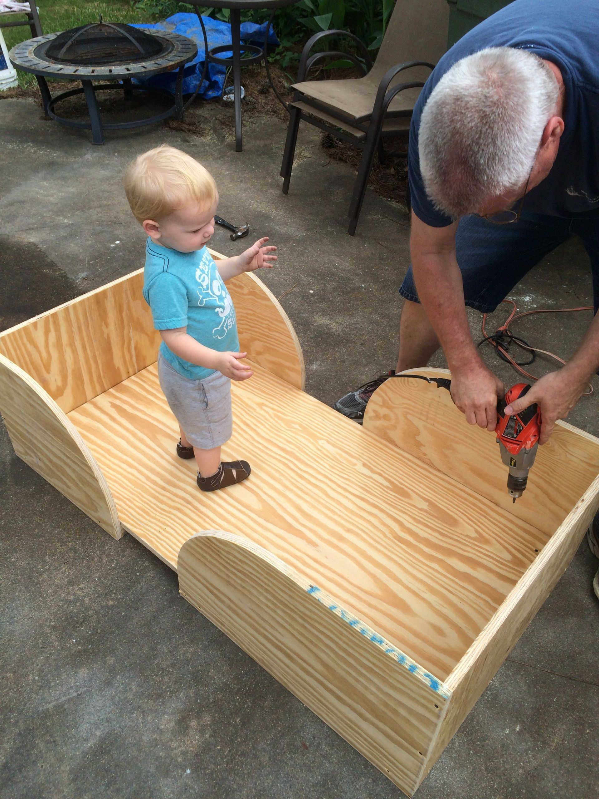 DIY Toddler House Bed  Easy DIY Toddler Bed … in 2019