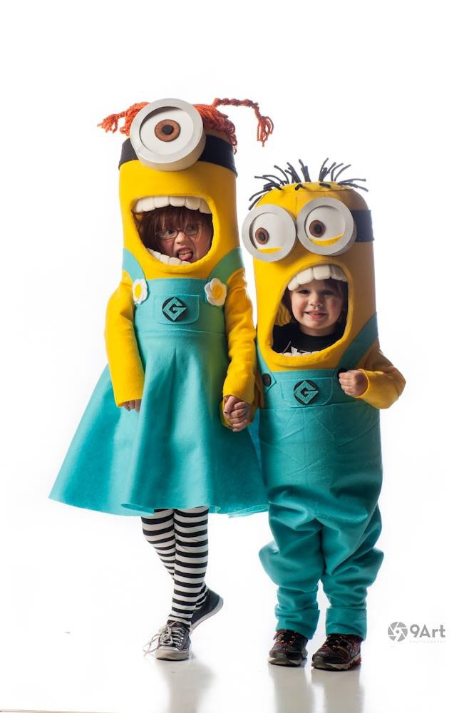 DIY Toddler Minion Costume  Craftaholics Anonymous