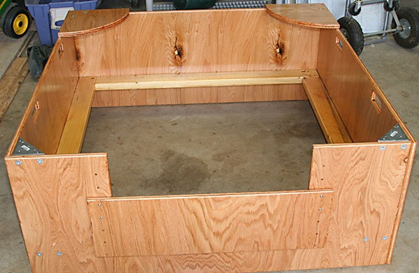 DIY Whelping Box  20 fy and Classy Whelping Box Ideas Tail and Fur