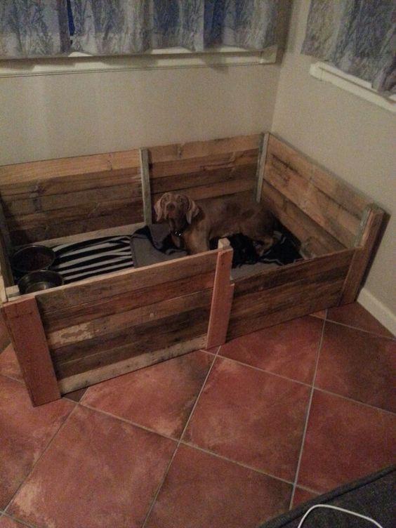 DIY Whelping Box  Pallet Welping Box Weimerwiner