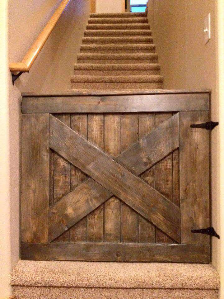 DIY Wood Baby Gate  20 Excellent Pallet Furniture Projects
