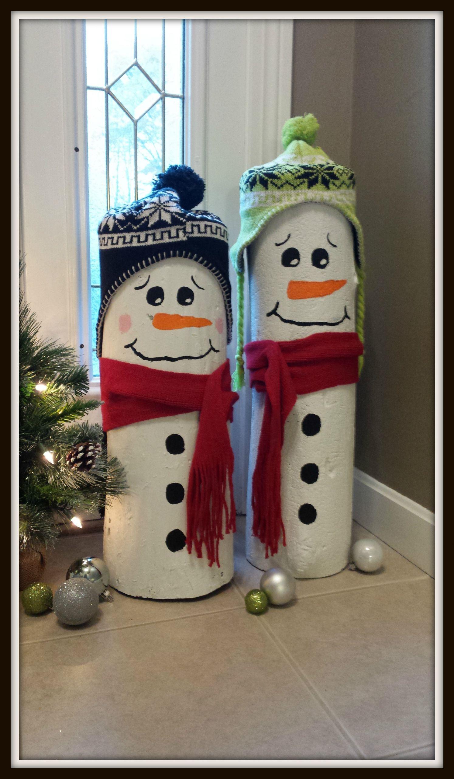 DIY Wooden Snowman  20 ATTRACTIVE CHRISTMAS SNOWMAN DECORATION IDEAS