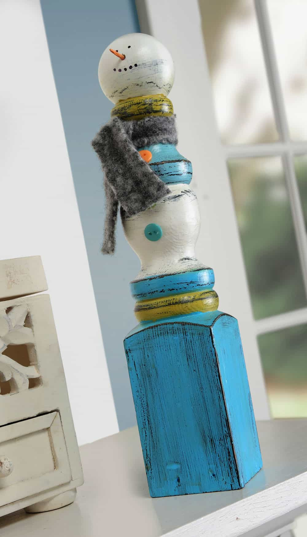 DIY Wooden Snowman  Easy Spindle Snowman Craft diycandy