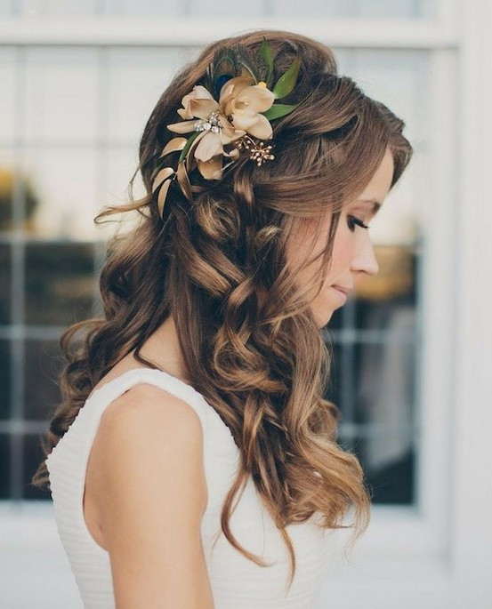 Down Hairstyles For Brides  35 Wedding Hairstyles Discover Next Year's Top Trends for